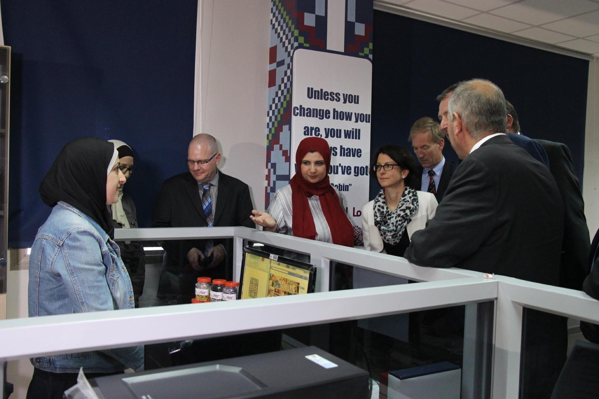 Gespräch mit Startups aus Hebron mit OB Dr. Peter Kurz