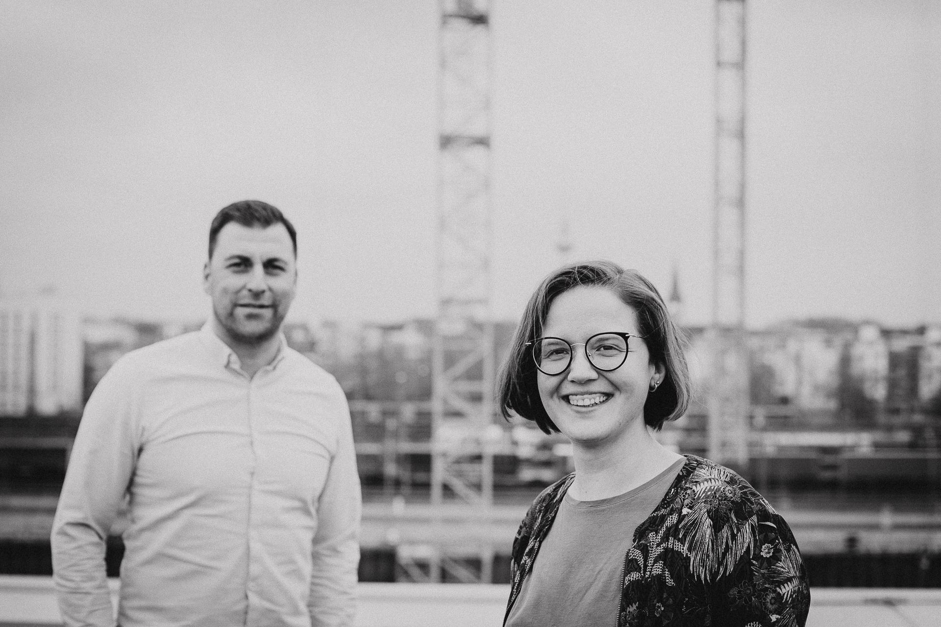 Burak Bas und Anna Hüttl aus dem NEXT MANNHEIM Team International. Sie verhelfen interessierten Startups zu einem perfekten Start an einem perfekten Standort - von der Idee bis zur Ansiedlung in Mannheim