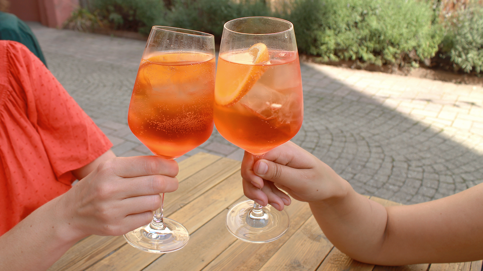 Prost! Auch coole Drinks gibt's...