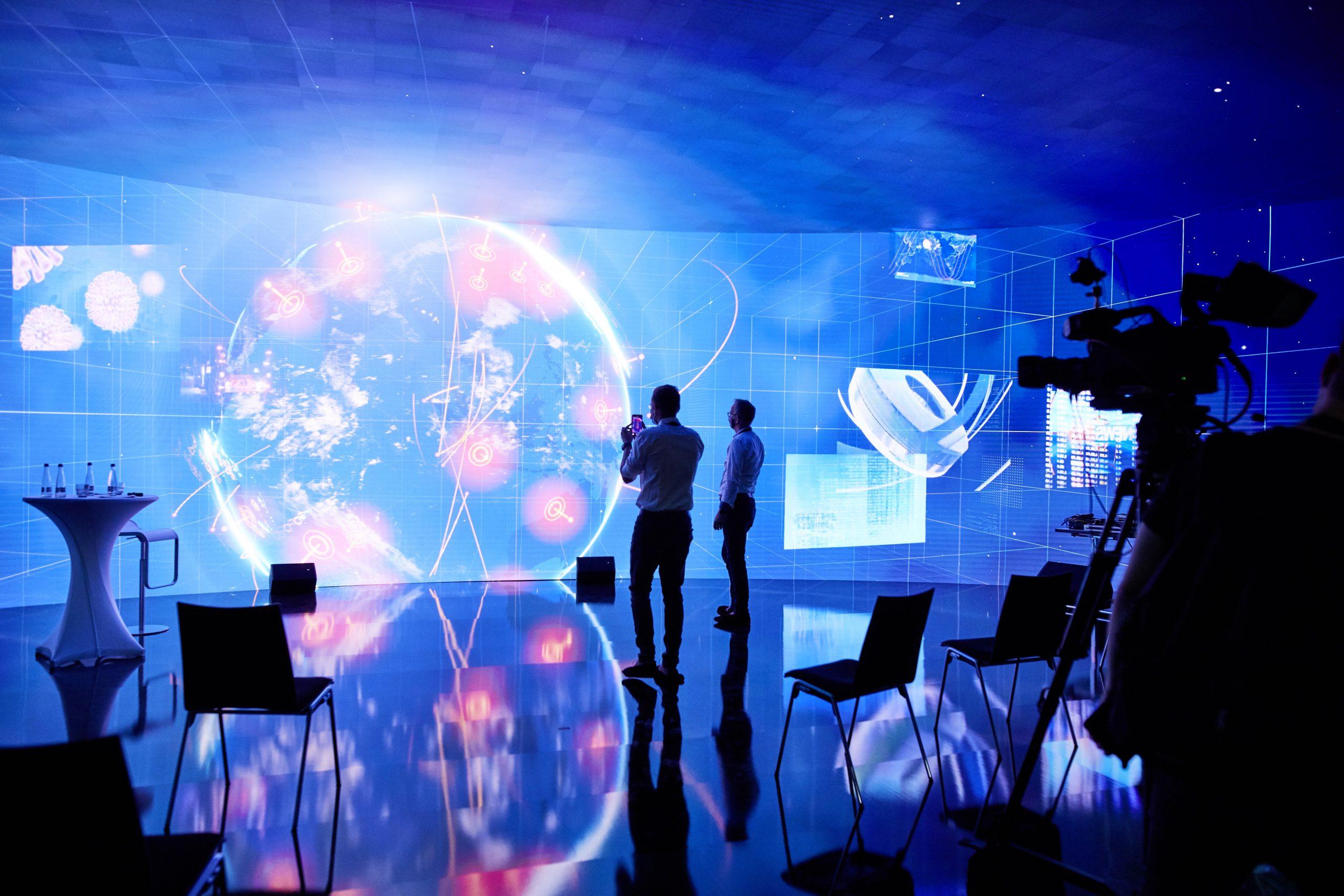 Eine Innovation made in Mannheim: Die LEDcave - Europas  größte und vielseitigste LED-Installation.
